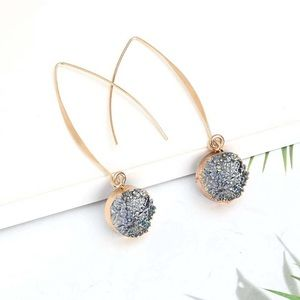 Iridescent blue/gray druzy drop earrings NEW